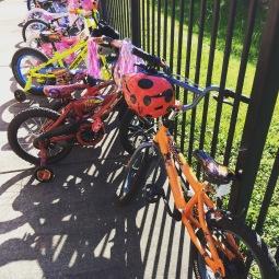 Bike day op pre-school: mijn 5-jarige is de enige zonder zijwieltjes